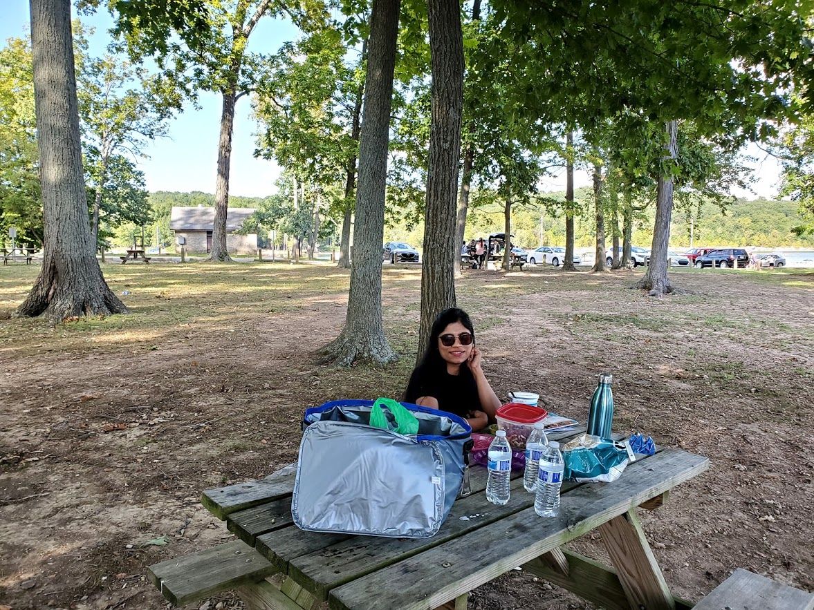 Lunch into the woods at Lake Monroe