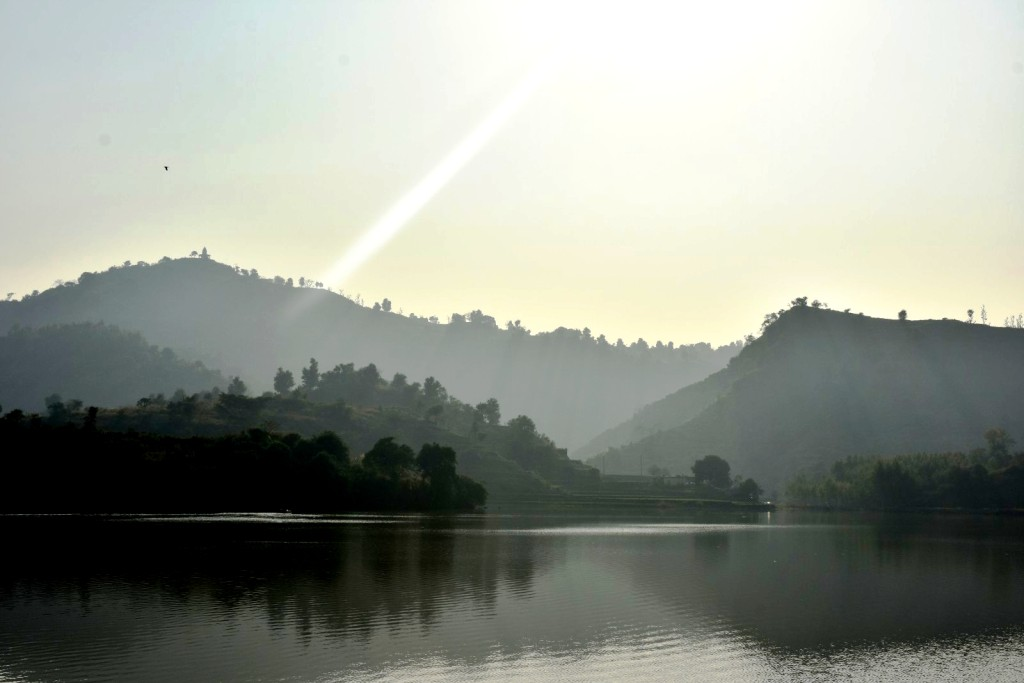 Tikkar taal- hills at backdrop